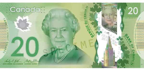 カナダ お金
