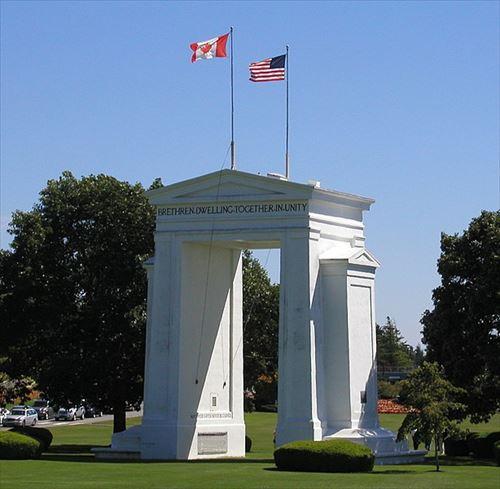 アメリカ カナダ 国境